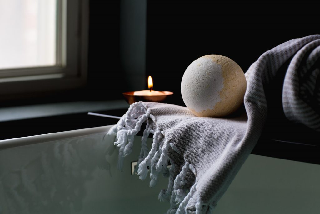 lavender peppermint bath bomb